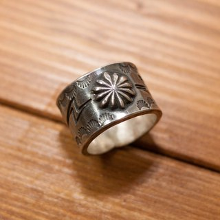 Dreamstation  Institute manual chrysanthemum stamping printed silver ring
