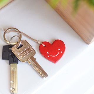 The red cute smiley heart chain(key ring) from Niyome Clay.