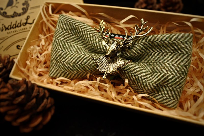 Original handmade vintage dark green striped bow tie texture wool fabric retro deer head swing dance