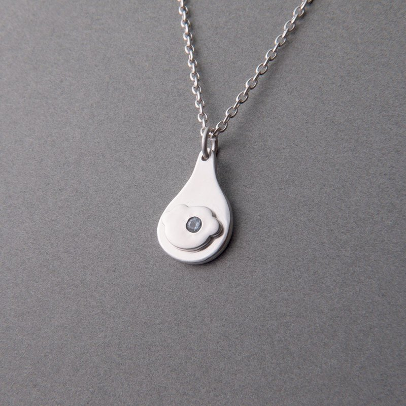 Clouds and stars - sterling silver cloud zircon necklace