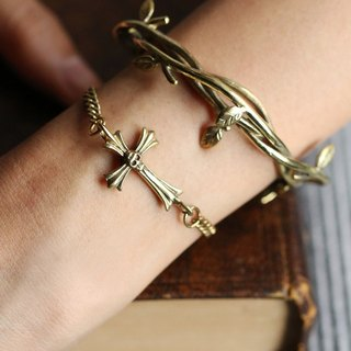 Designed Thorn Hand cuff/Thorn Bangle/Defy Jewelry/Golden Thorn/Brass Jewelry by Defy