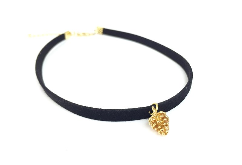 Small pine cones Necklace - Gold