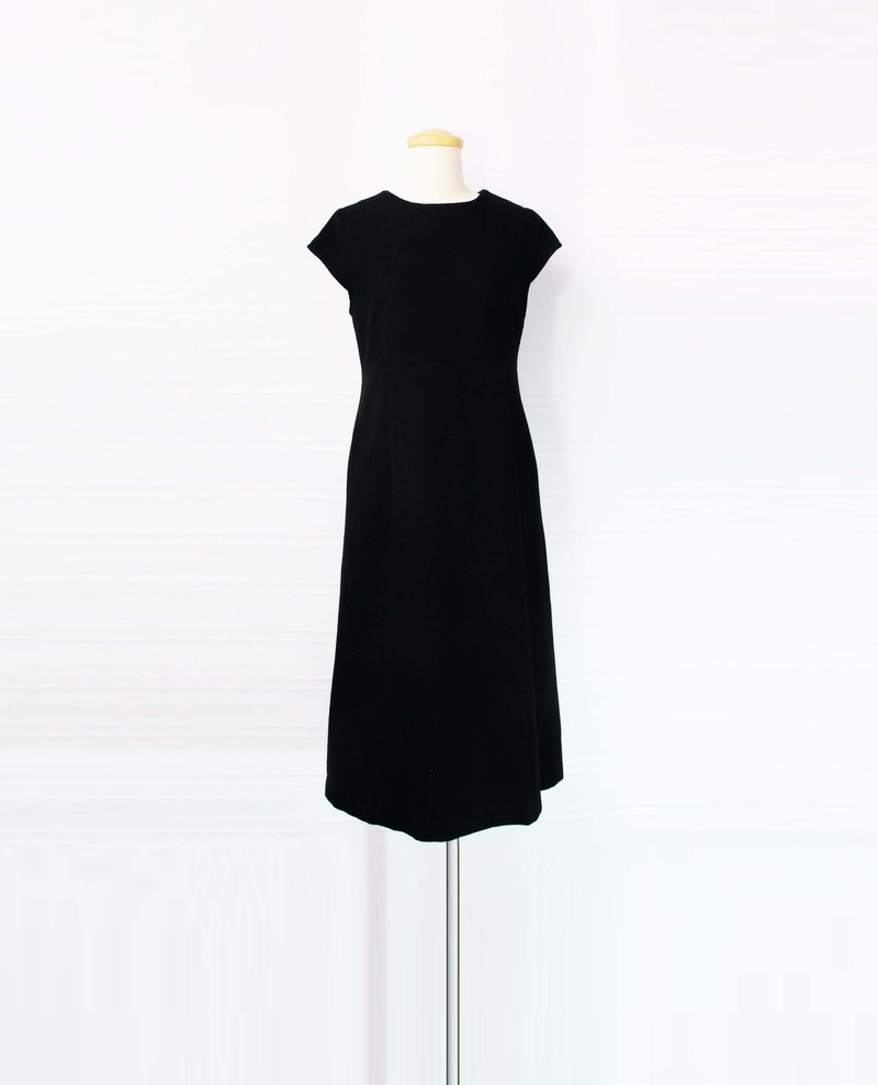 Wahr_ black wool pleated long dress