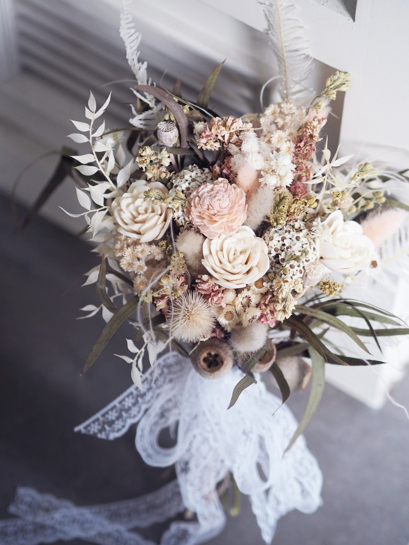 Star Powder Bridal Bouquet Star Pink Hand Tied Flower Eternal Flower and Dry Flower Combination
