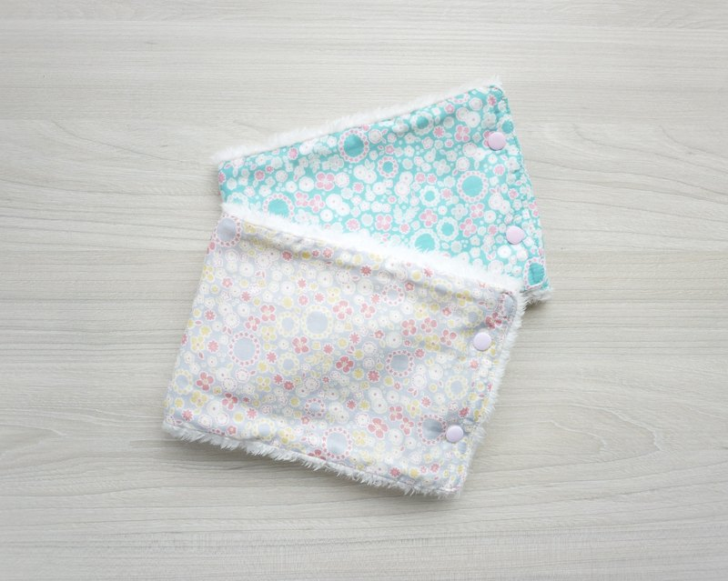 Super soft warm baby neck circumference - small floral