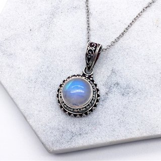 Moonstone sterling silver round classic necklace in Nepal handmade mosaic