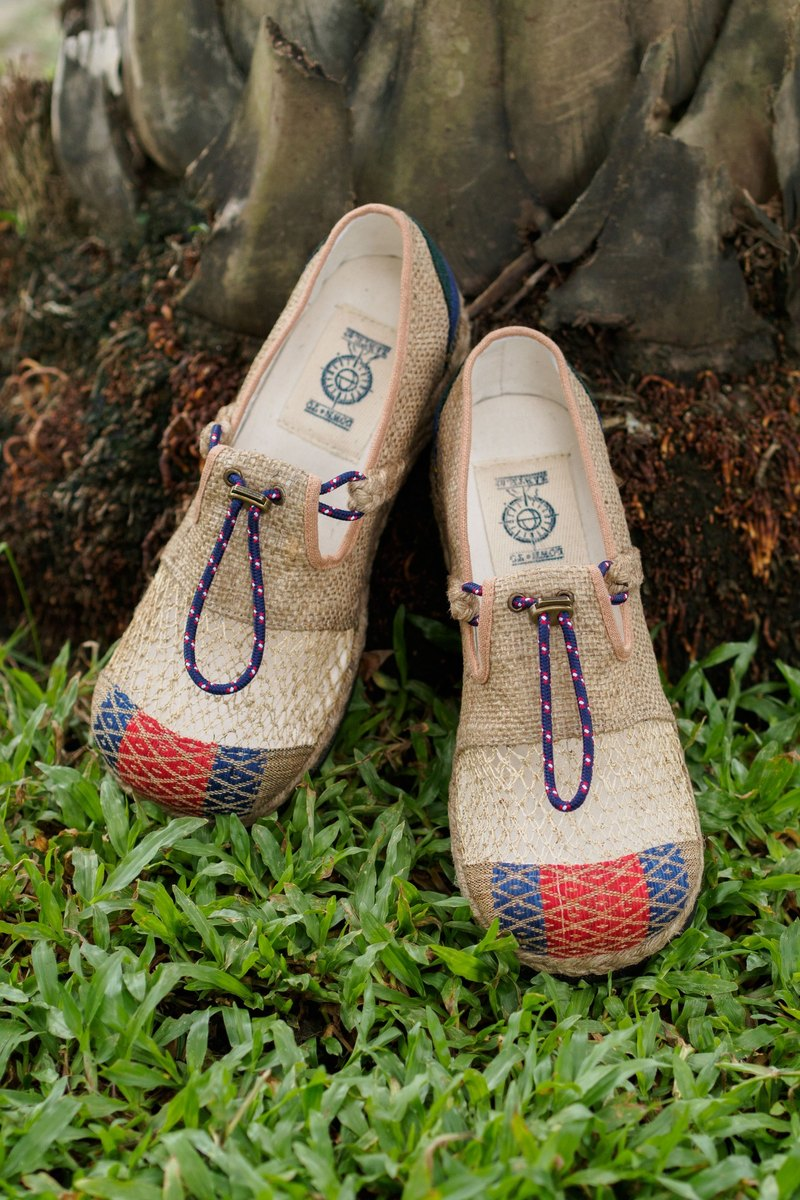 "EARTH.er │""NAGA BUTTERFLY"" Natural Hemp & Recycle Tire Bottom Eco Shoes│"