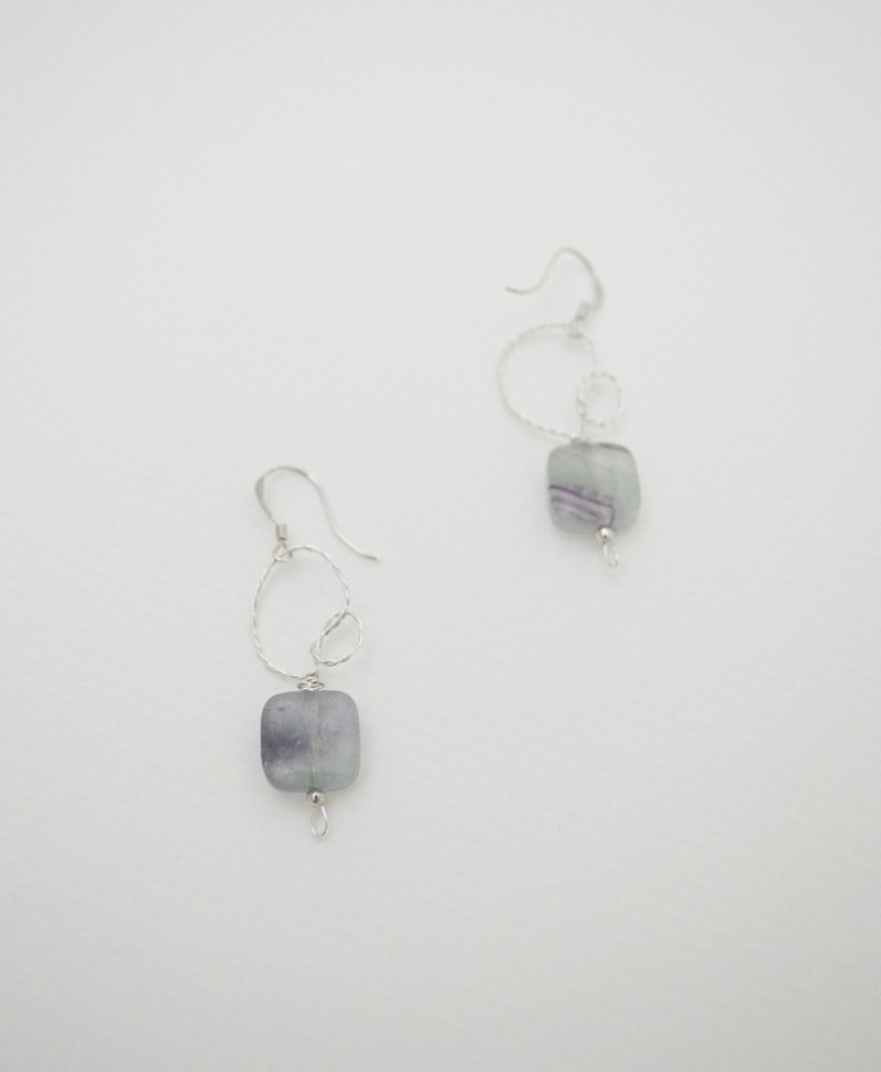 Keep records by tying knots‧square fluorite‧Silver Earring