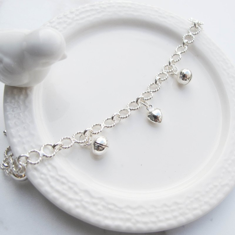 Big staff Taipa [old and young) loved little baby × small bell child sterling silver bracelet