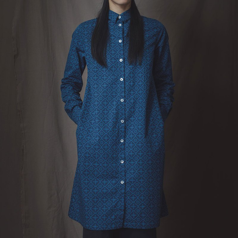 Long Sleeves Tunic/Begonia Glass Pattern/Mansion Blue