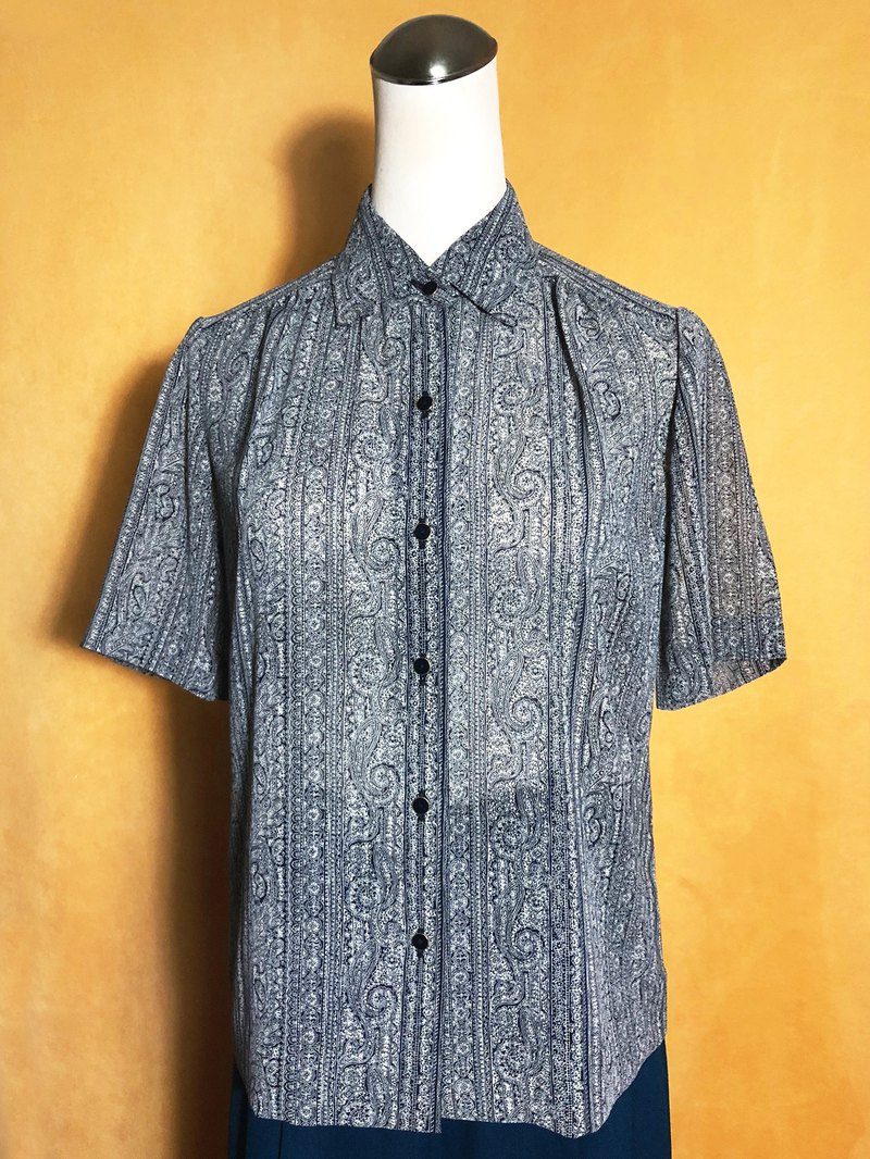 Totem chiffon short-sleeved vintage shirt / brought back to VINTAGE abroad
