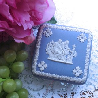 British bone china Wedgwood jasper blue jasper relief Greek mythical jewelry box, jewelry box