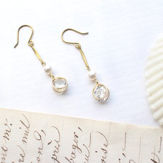 Lovers-Brass pearl earrings