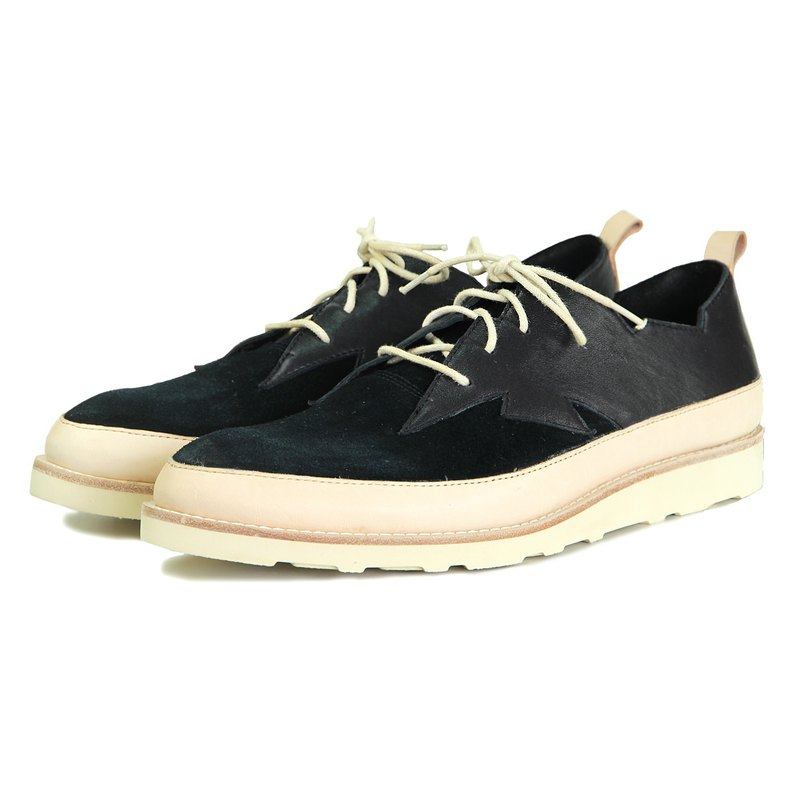 Shrill M1180 Black Leather Sneaker