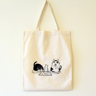 Simple cotton bag - A4 (A meow black pill to eat grilled fish)