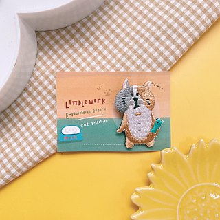 Littdlework Small Animal Pin badge | Cat