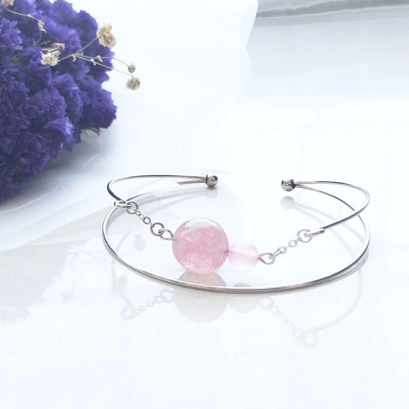 Love bracelet strawberry crystal chalcedony bracelet handcuffs (can add English letters / heart)