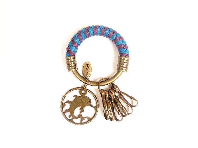 [Na UNA- excellent hand-made] key ring (small) 5.3CM bright blue + purple + medallion dolphin wax hand-woven rope hoop customization