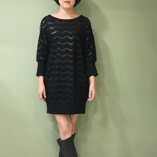 [Dress] Sports Sleeve dress _ black + wave matte sequins