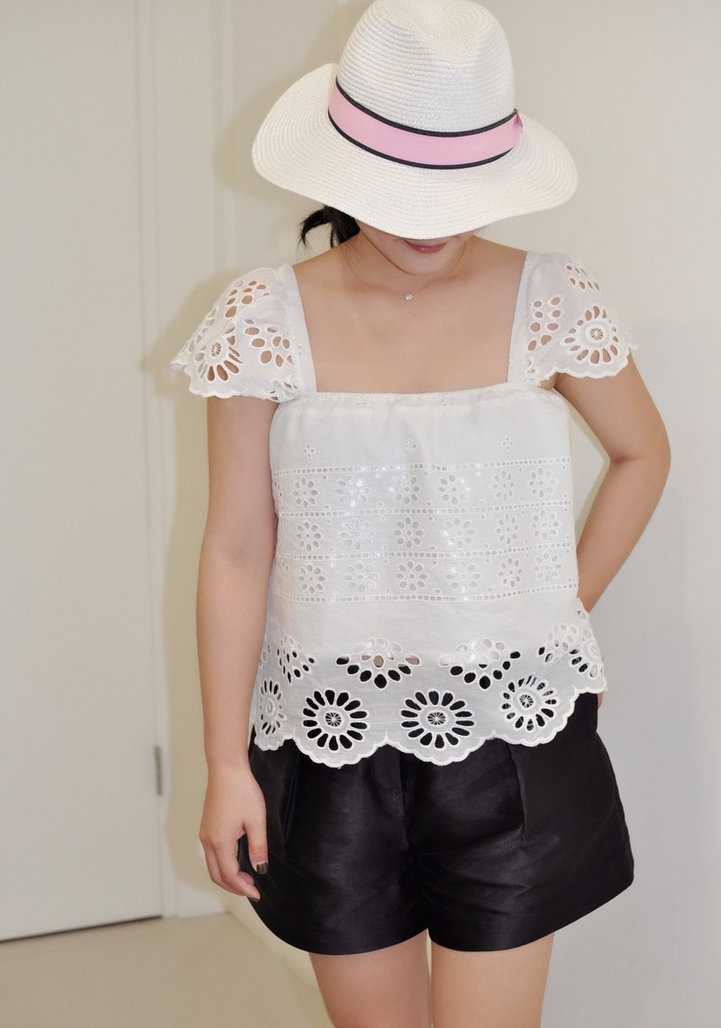 Flat 135 X Taiwan designer white lotus leaf jacket cotton basket empty embroidery fabric white lotus leaf sleeve flat shirt flat shoulder shirt collar short sleeve shirt simple coat small exposed sexy