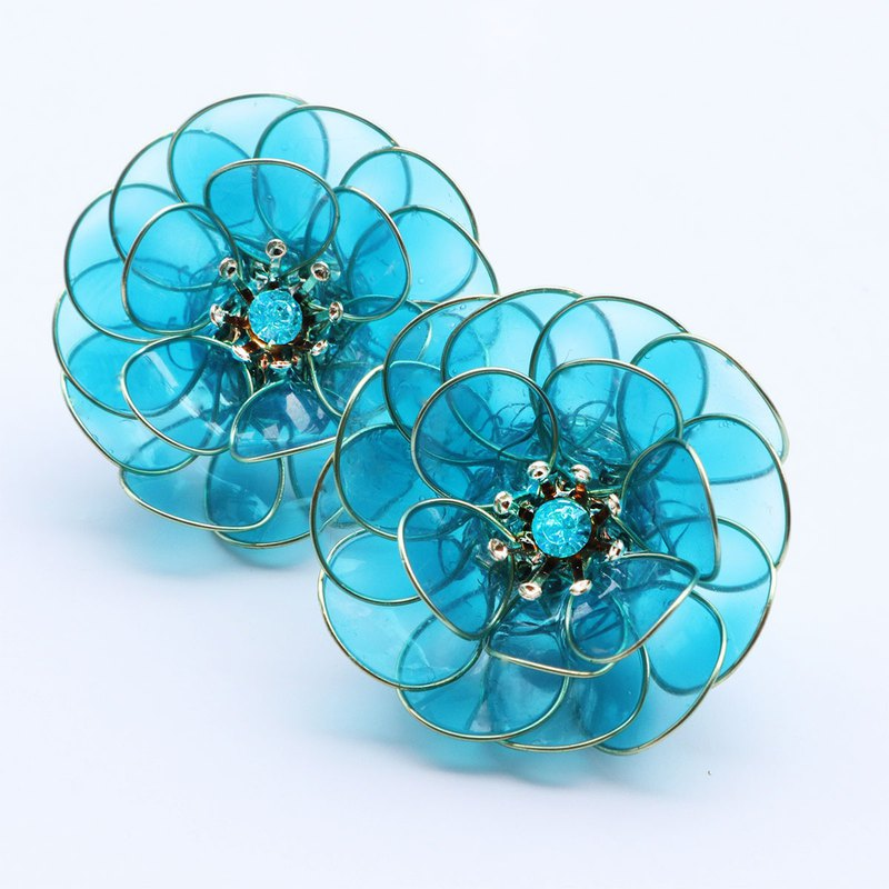 Glossy flower earring turquoise blue