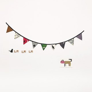 【La la la】 I thought about the cat pennants / limited hand / life style / small objects