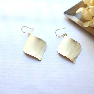 Double leaves-Brass earrings
