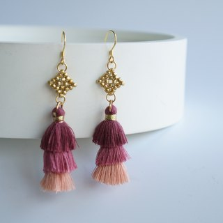Golden beaded red gradient tassel earrings