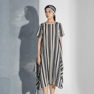 【In stock】 striped silhouette dress