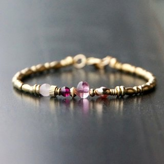 ITS-B468 [brass, natural stone, Venus] 1 tourmaline / pearl / brass buckle bracelet.