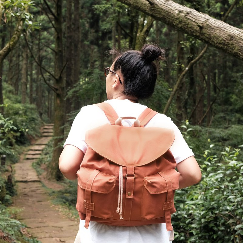 Journey canvas backpack / sun orange