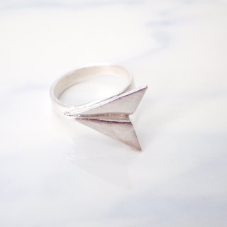 R11037 Paper Plane Silver 999 Ring