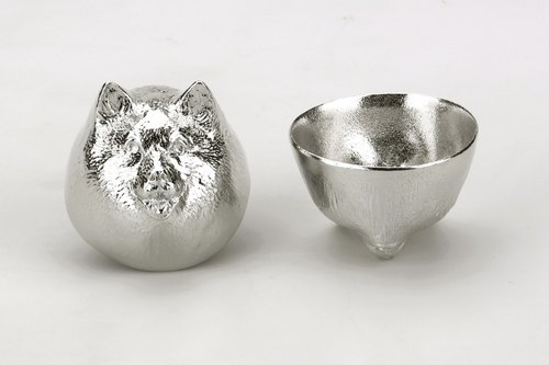 Pure tin Lunar shape modeling cup (dog)