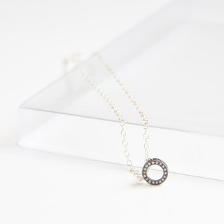 """Chain Circle"" Sterling Silver Necklace / Sterling silver plated black with CZ"