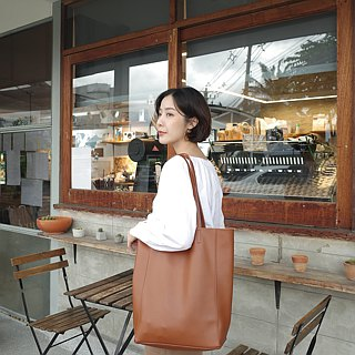 WHITEOAKFACTORY Denise shoulder bag - Tan Brown camel