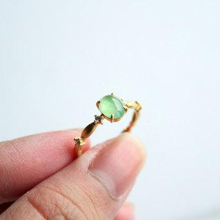 Journal-草稚花冠冰阳绿纯天然翠翠(Burmese Jade) 18K Gold True Diamond Ring #12