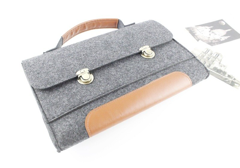 Customized felt cover laptop bag Macbook Pro Retina 13吋 computer bag 013