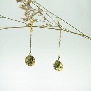 Feather-like hand-embroidered earrings