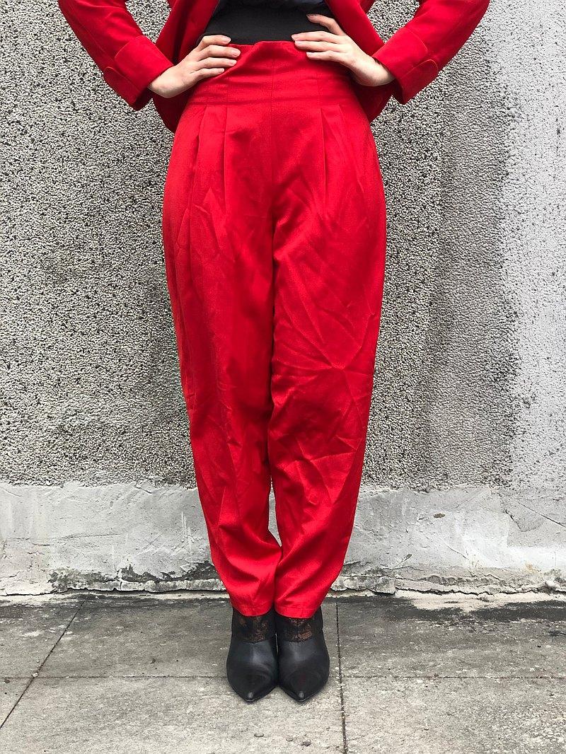 紅色打折長褲