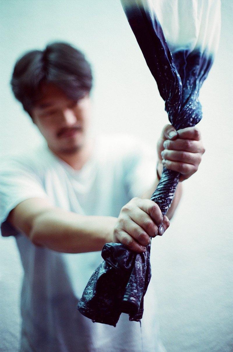 自在染isvara 手工藍染 共生系列 樹 純棉T-shirt