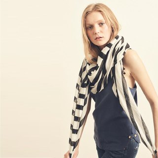 Black Diagonal Stripe Scarf