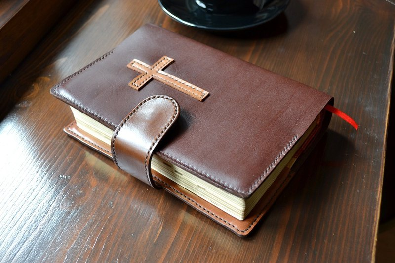 Leather leather hand-made Bible book cover (excluding paper Bible) Custom color size printed English word