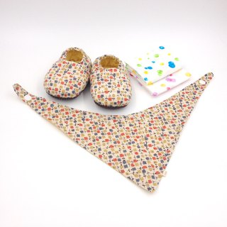 Small square flower - Miyue baby gift box (toddler shoes / baby shoes / baby shoes + 2 handkerchief + scarf)