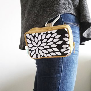 Camera Pouch **Made-to-Order with quality fabrics of your choice ‧ Custom-made**