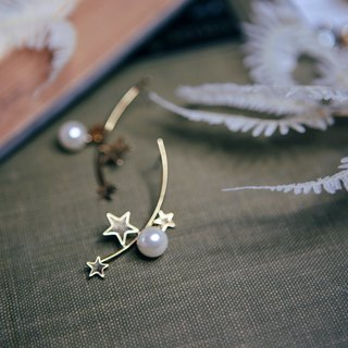 COR-DATE-stars piled sky arc pearl earrings -650