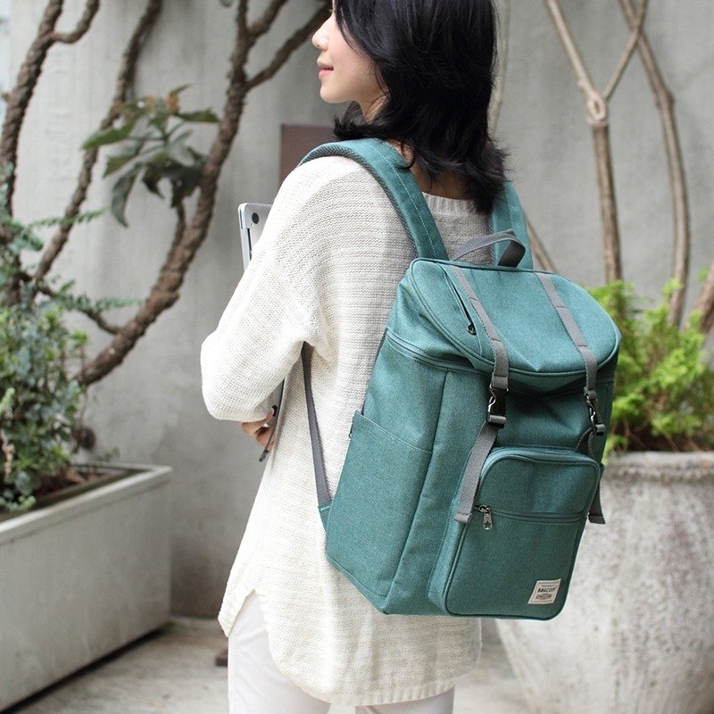 Double buckle large capacity backpack (14吋笔电OK)-麻绿_100398