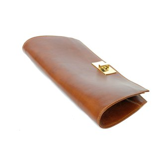 Posh Chestnut Clutch Gorgeous Design