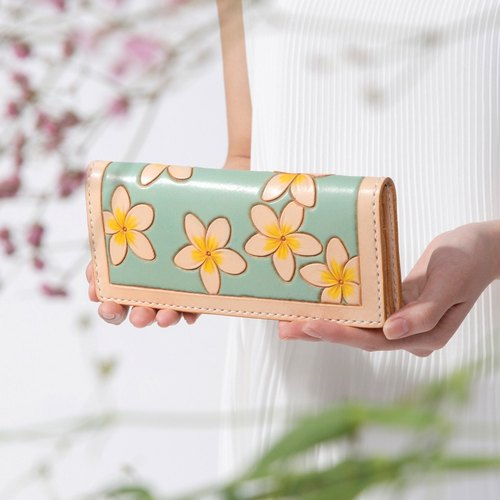 Flower of the summer Carr pure hand carved mint green planting tanned leather long wallet