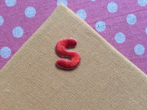 Uppercase letters S-self-adhesive embroidered cloth stickers
