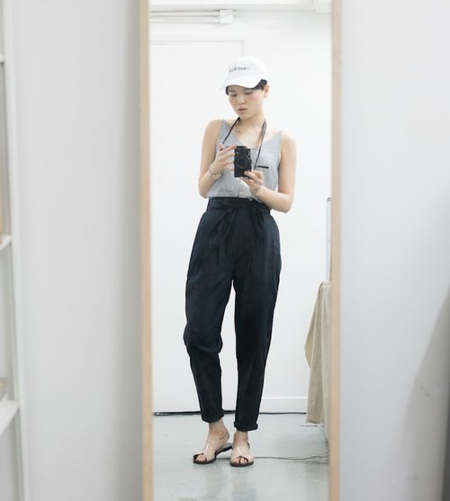 Pâle High-waisted Black Trousers